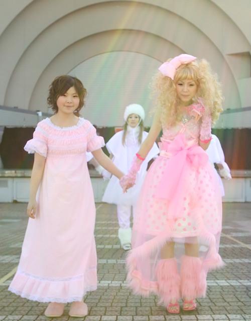 gwen stefani harajuku clothes. Harajuku Girls by Gwen Stefani